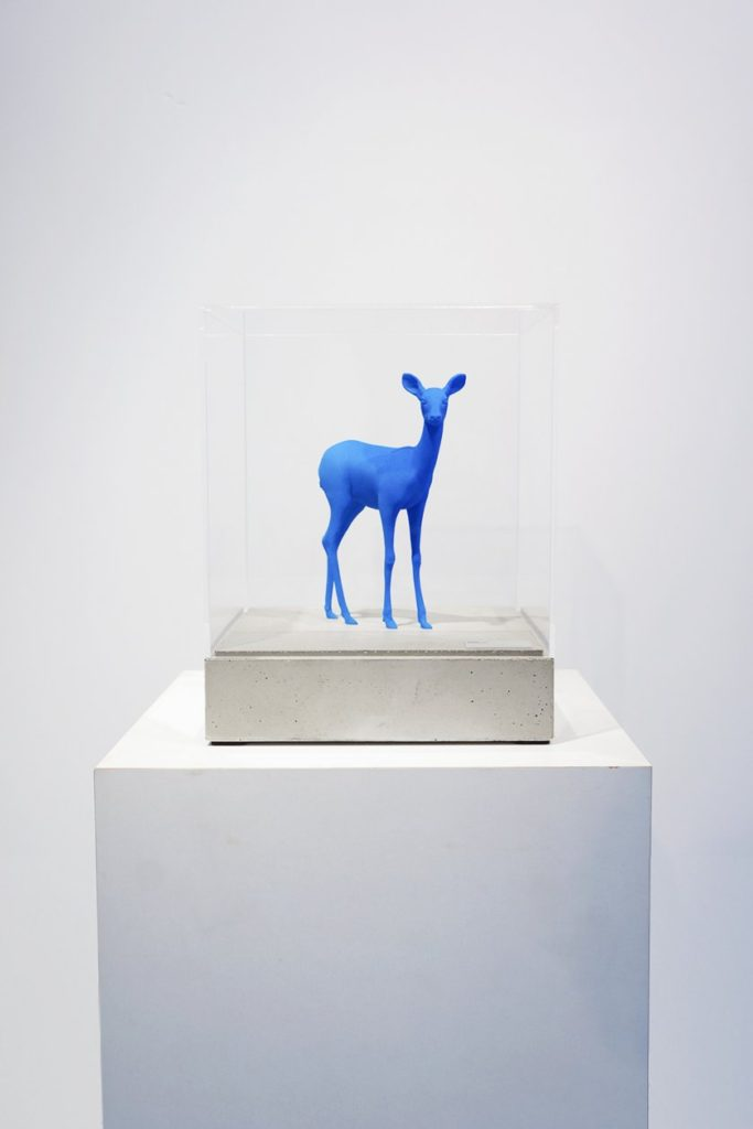 Bambi statue Blue (small)