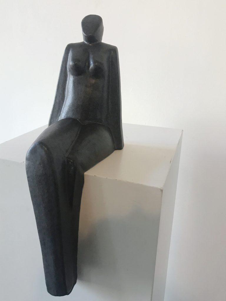 Zittende vrouw (klein)