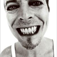 Bowie Grins